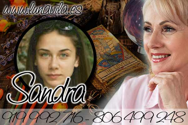 Cuando de videntes buenas y de confianza se trata Sandra es una de las mejores opciones